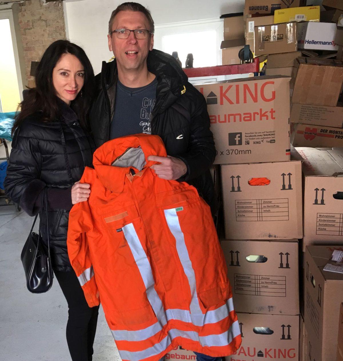 Schutzkleidung für Ghana von der Feuerwehr Velpke