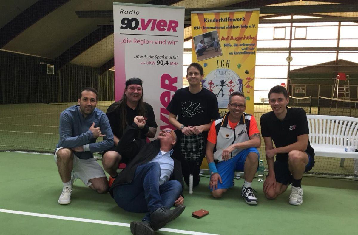 Charity Tennis Turnier mit Radio 90vier mit großem Erfolg