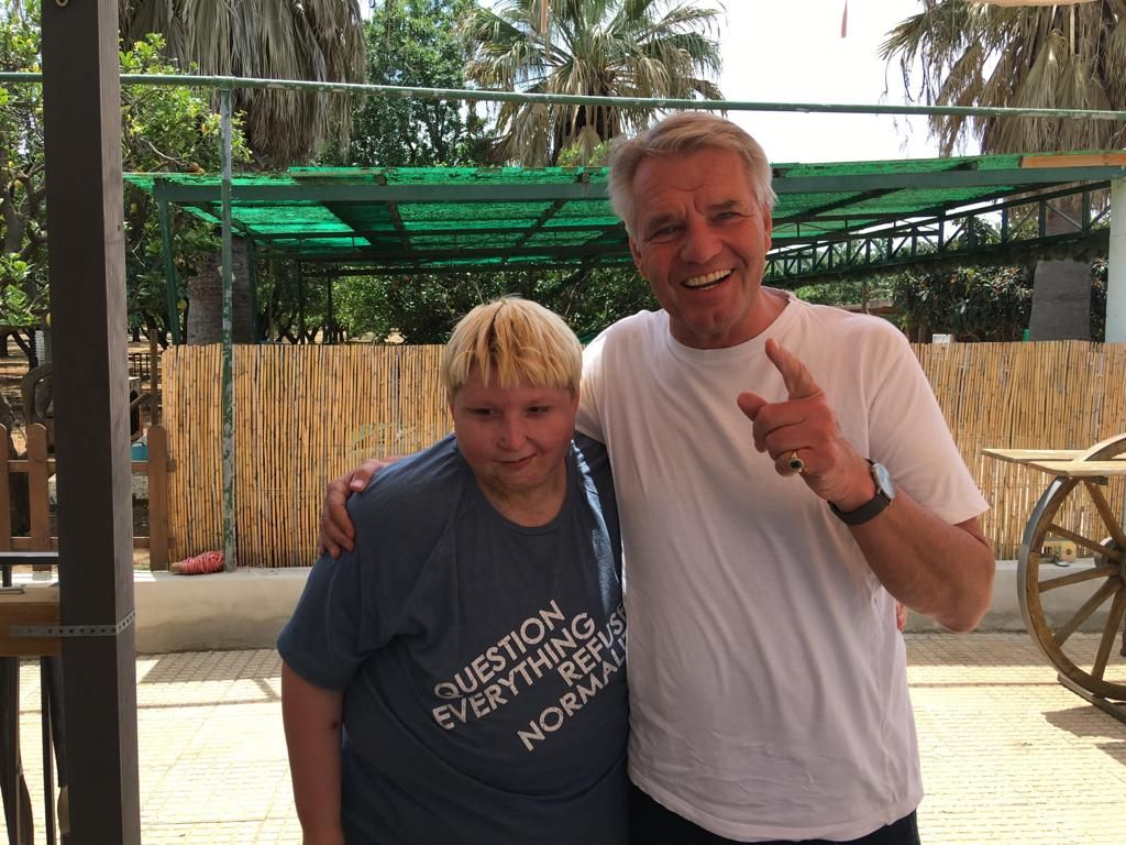 Dieter F. Kindermann besucht Pequeno Rancho in Denia